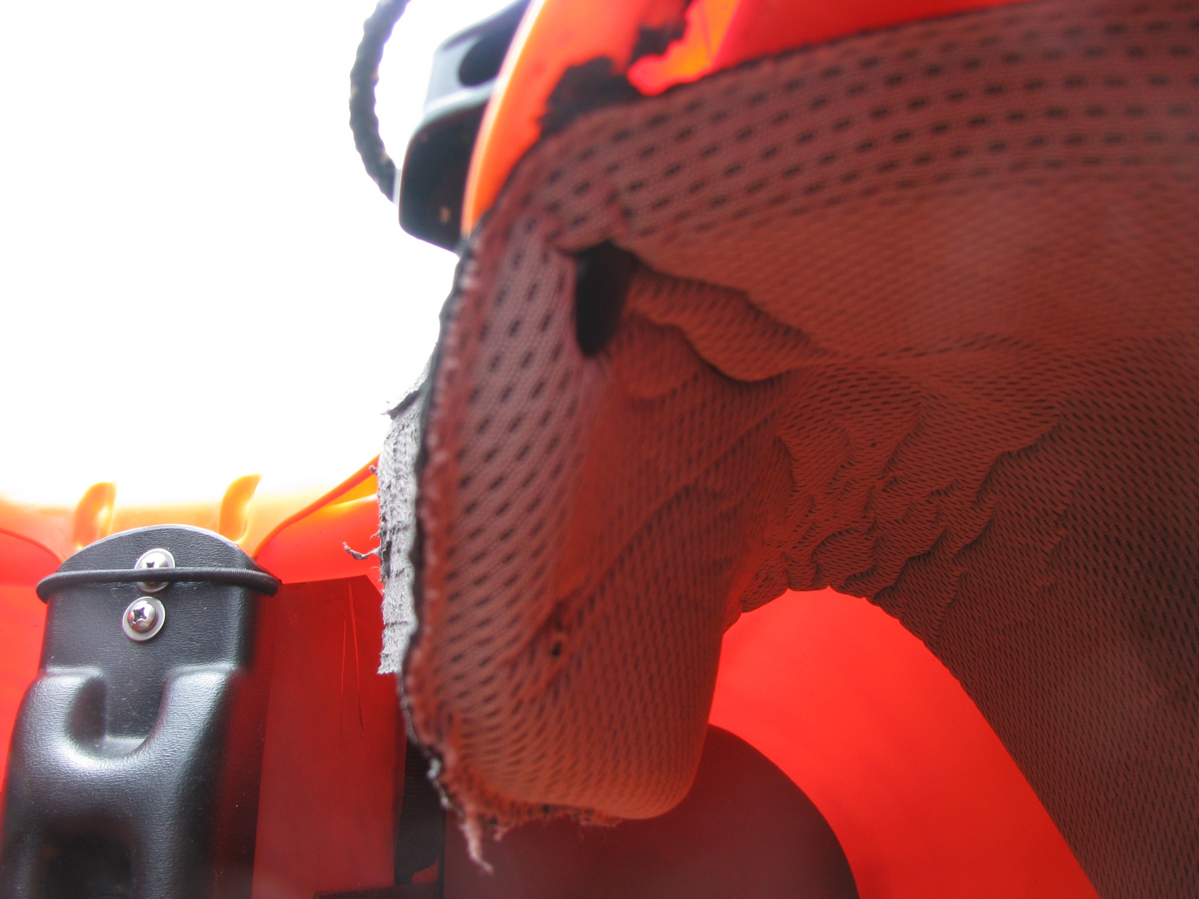 Click image for larger version  Name:11 Karma M custom thigh hook.jpg Views:134 Size:834.6 KB ID:12350
