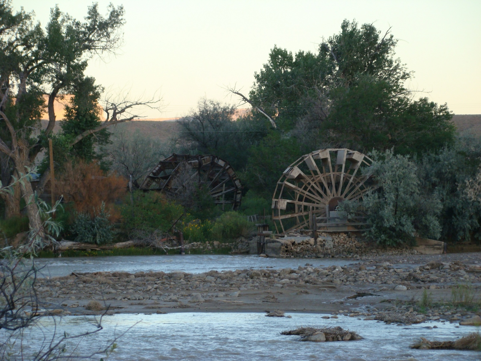 Click image for larger version  Name:17- Waterwheels 2 pk.jpg Views:216 Size:657.4 KB ID:4308