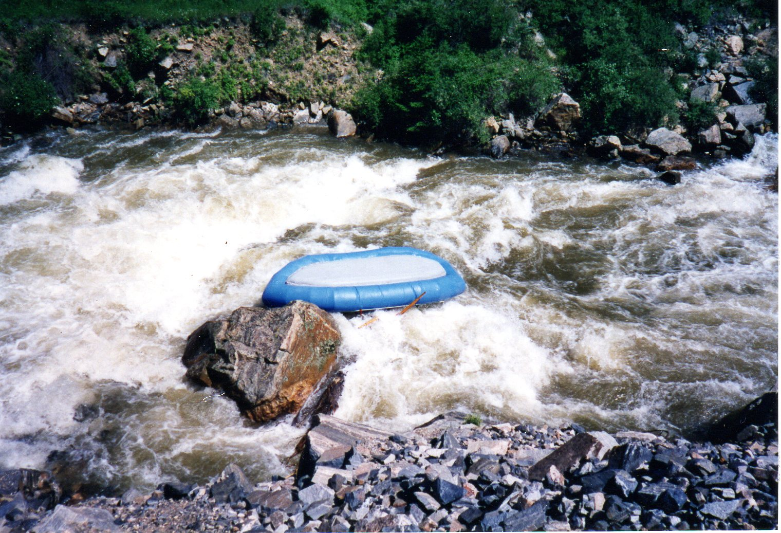Click image for larger version  Name:1996 raft002.jpg Views:477 Size:409.2 KB ID:11961