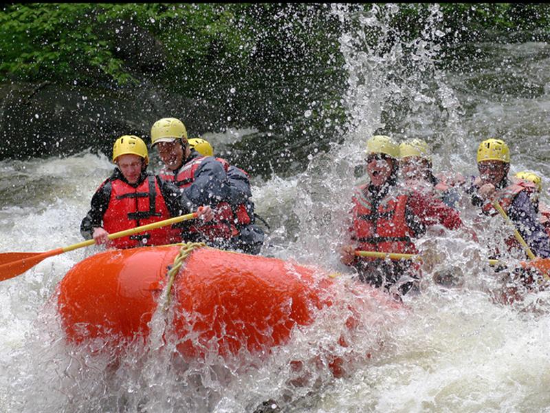 Click image for larger version  Name:Adirondac Rafting 3.jpg Views:97 Size:652.9 KB ID:2372
