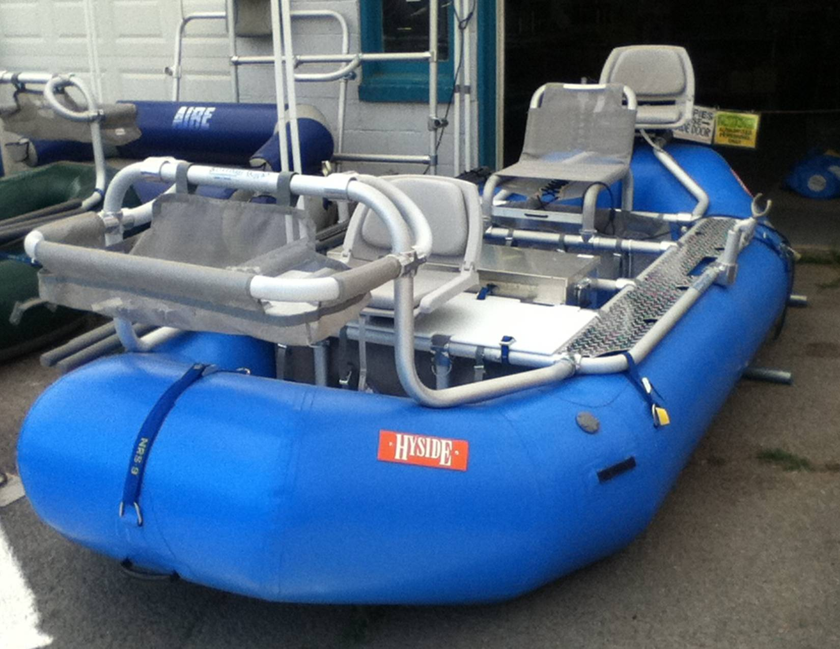Click image for larger version  Name:Buzz's boat.jpg Views:94 Size:189.3 KB ID:10623