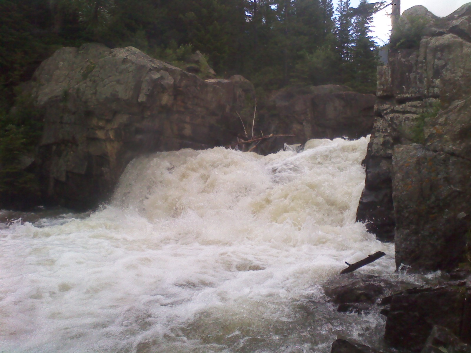 Click image for larger version  Name:Coors falls 2.jpg Views:193 Size:338.4 KB ID:3829