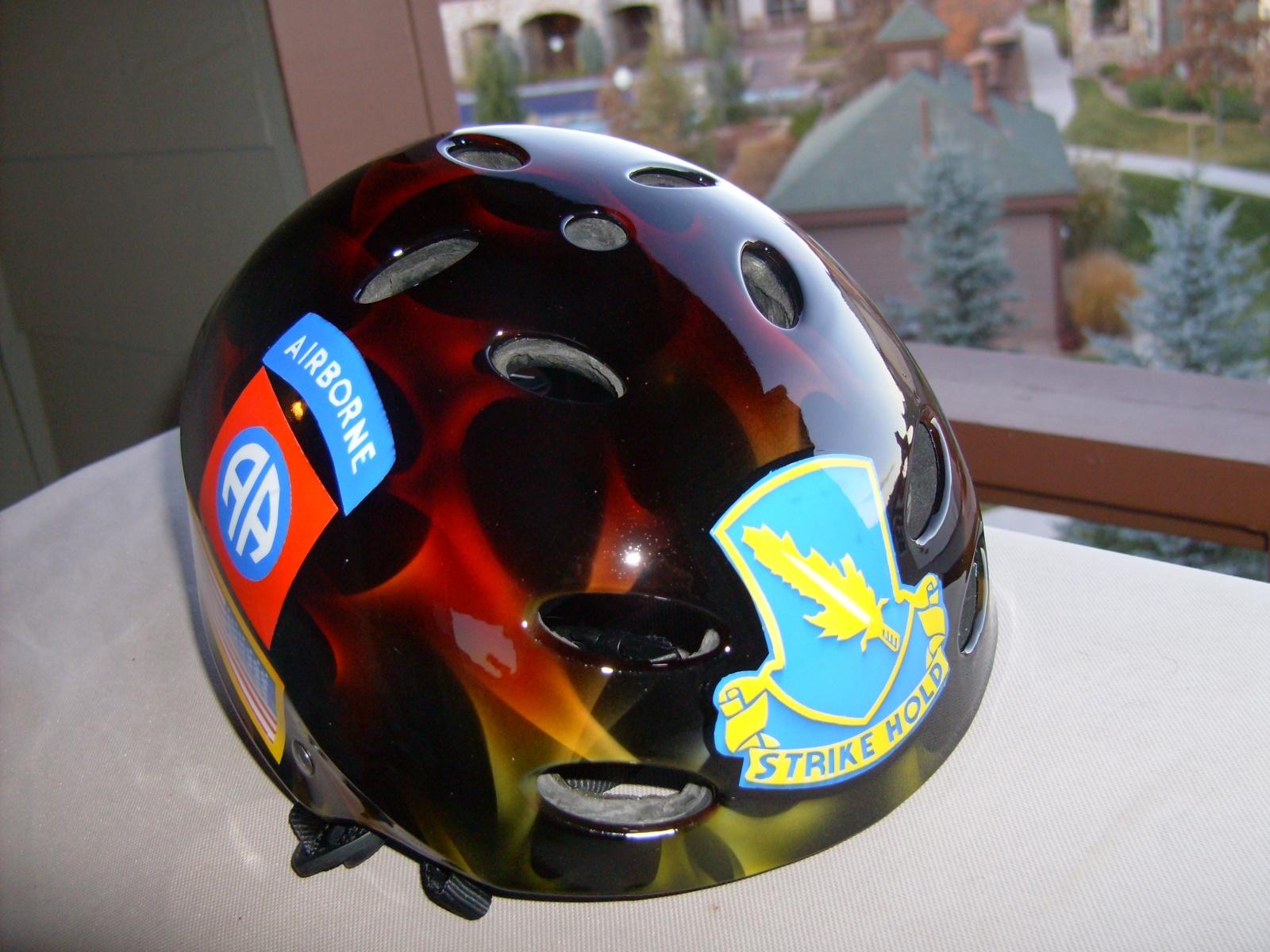 Click image for larger version  Name:Custom kayak helmet 001.jpg Views:289 Size:528.5 KB ID:843
