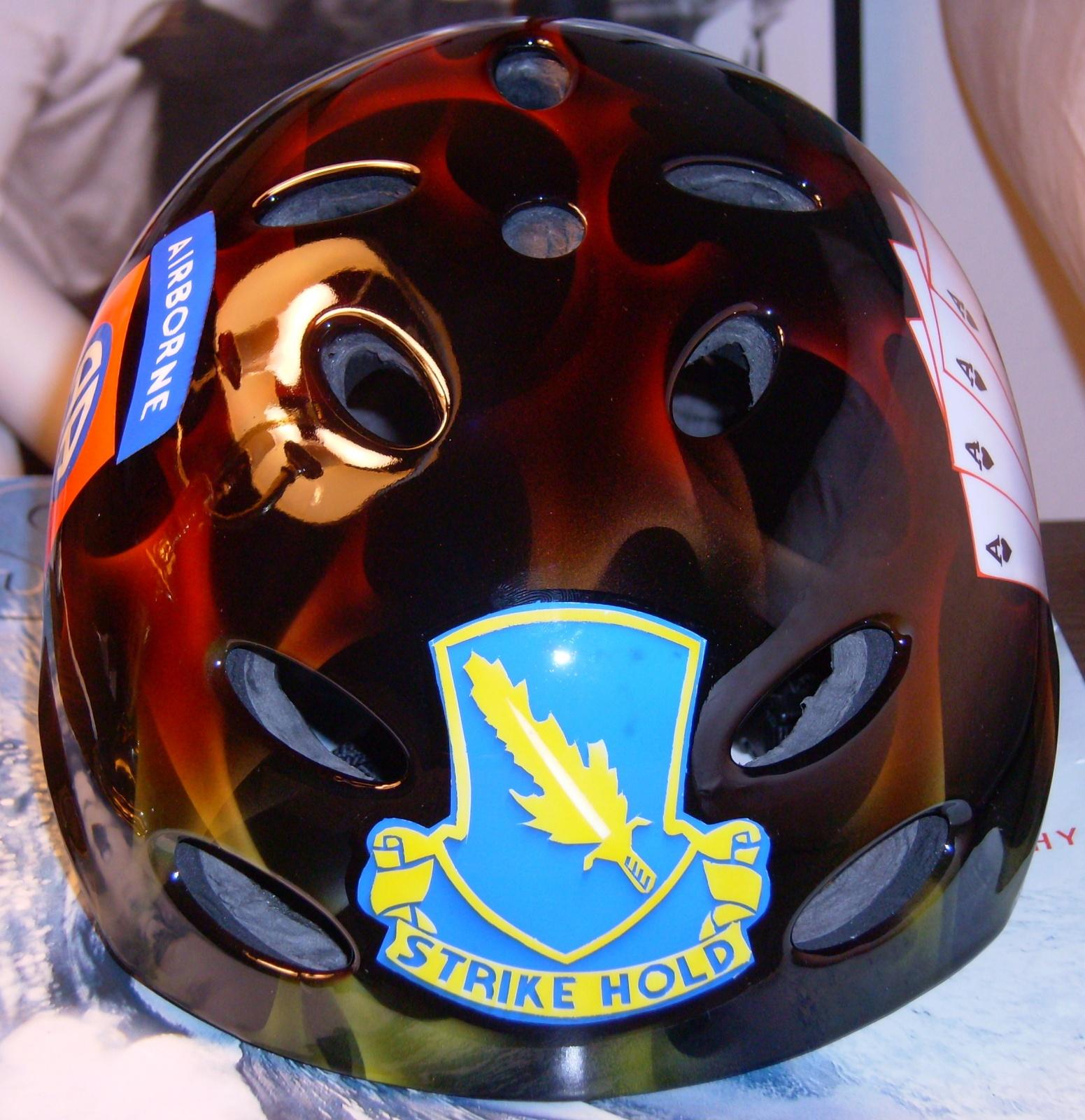 Click image for larger version  Name:Custom kayak helmet 015.jpg Views:187 Size:673.5 KB ID:848