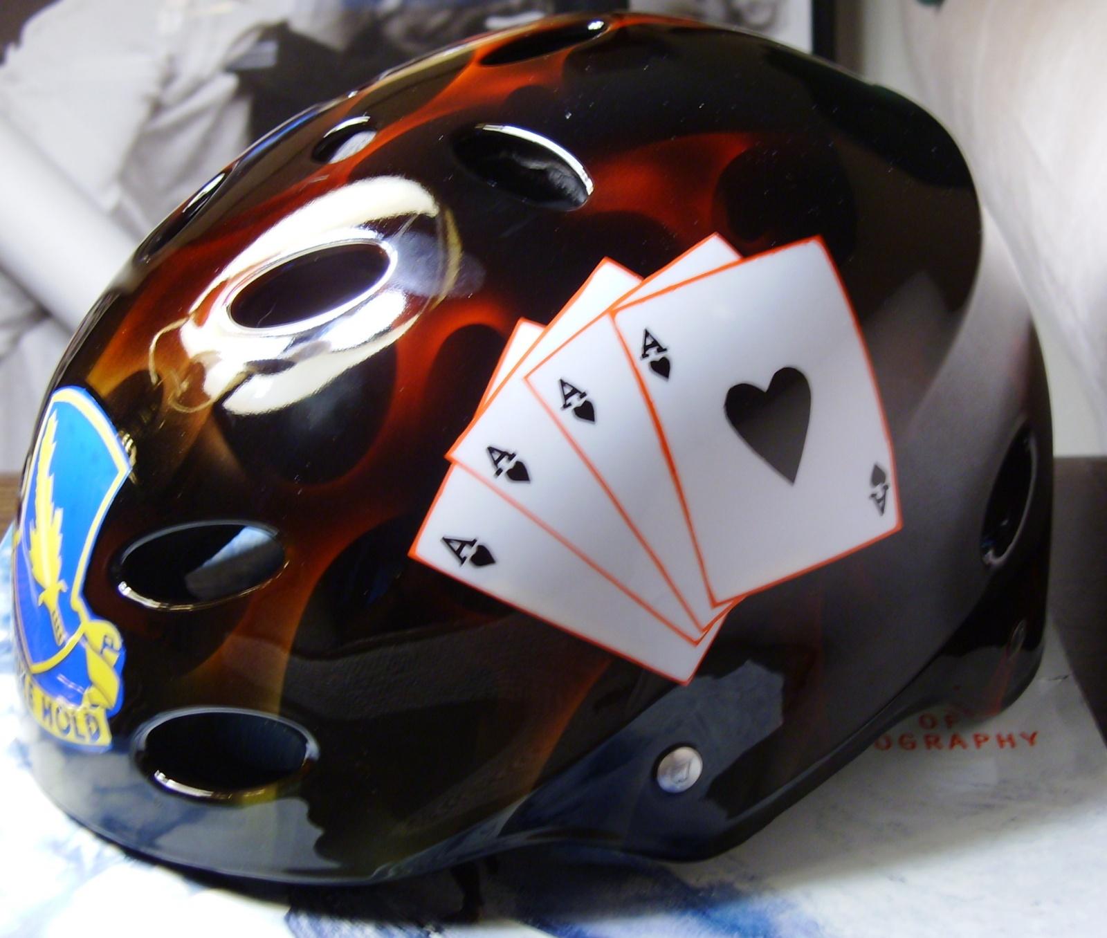Click image for larger version  Name:Custom kayak helmet 016.jpg Views:633 Size:442.8 KB ID:844