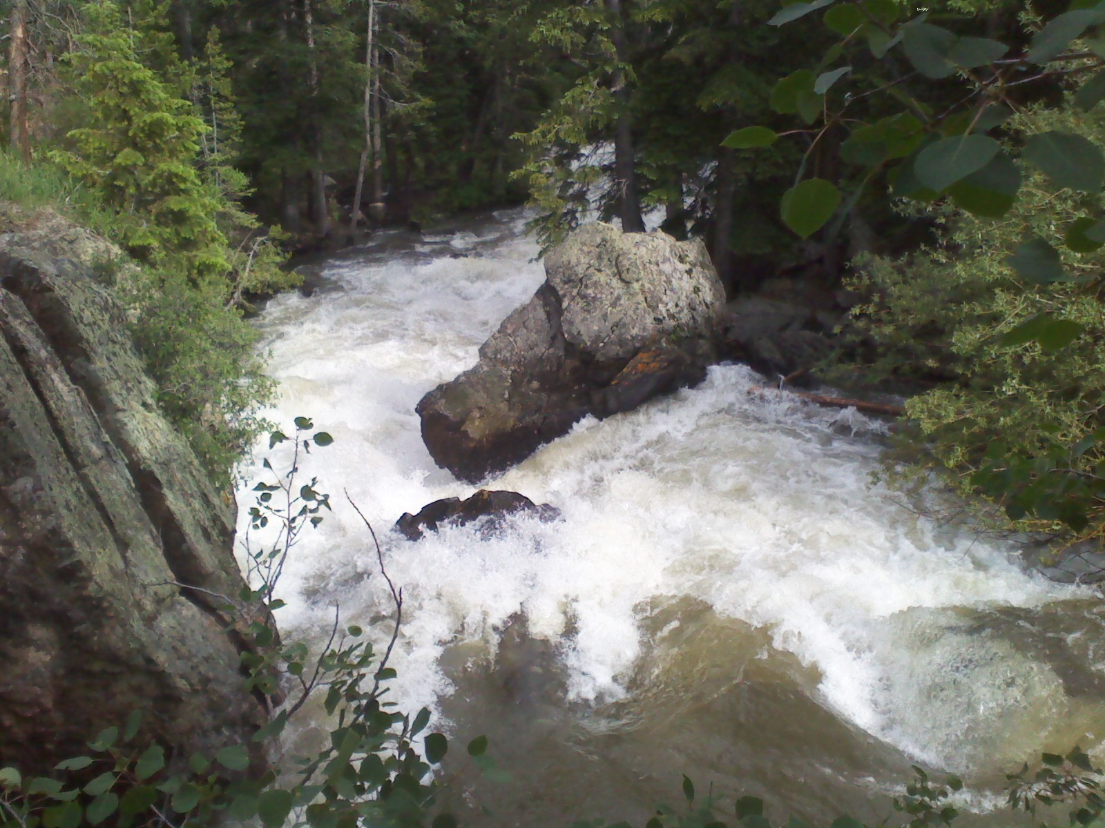 Click image for larger version  Name:drop below coors falls.jpg Views:175 Size:441.4 KB ID:3830