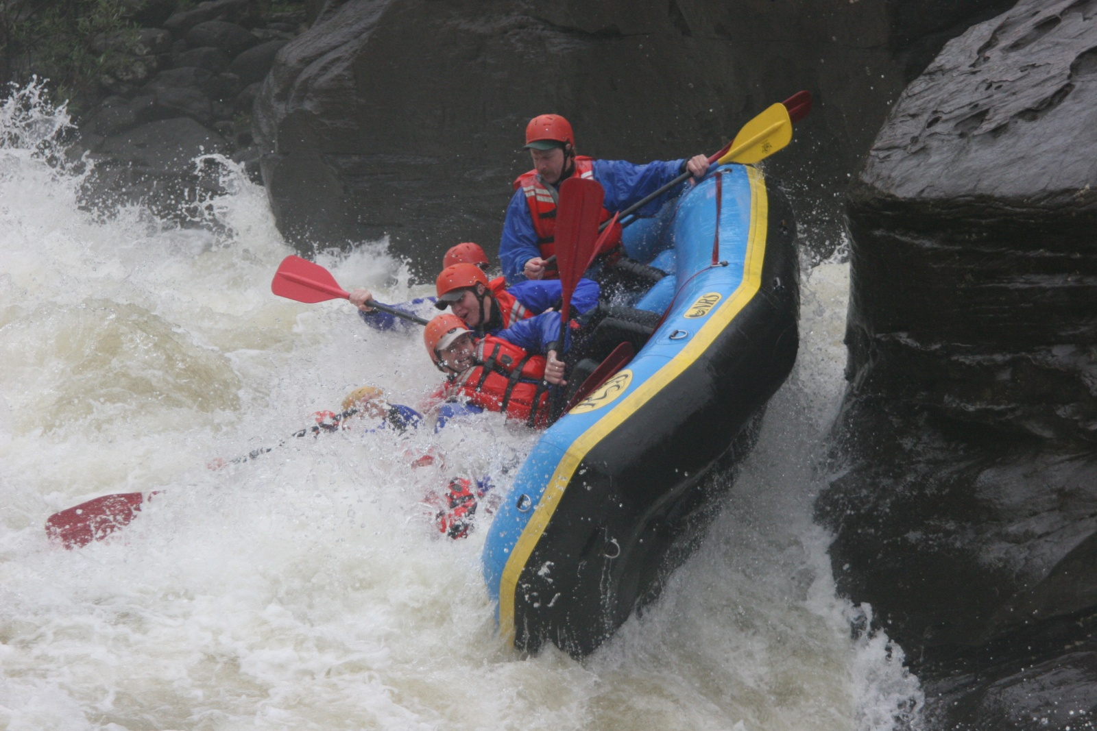 Click image for larger version  Name:Gauley 2004 084.jpg Views:207 Size:497.8 KB ID:923