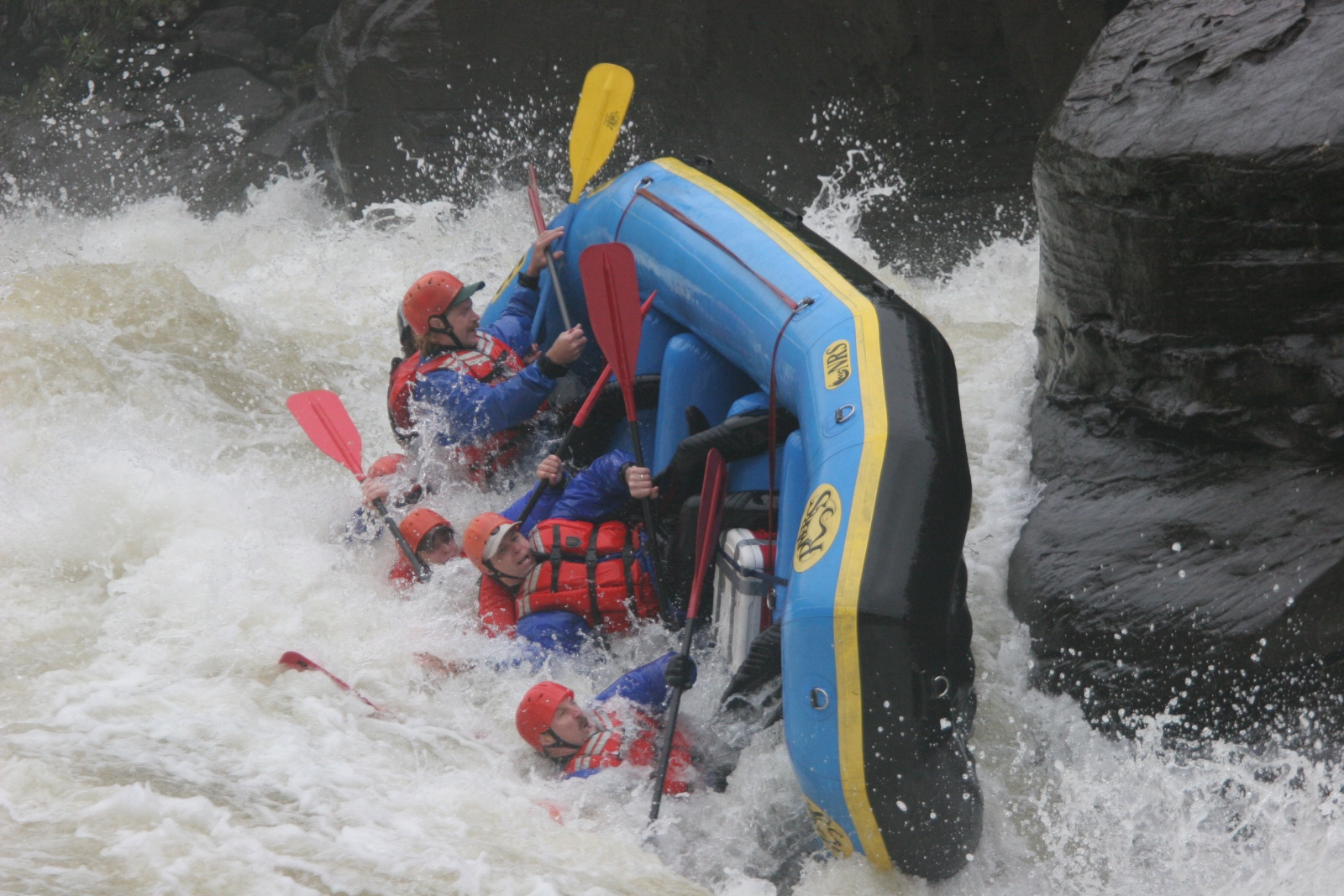 Click image for larger version  Name:Gauley 2004 086.jpg Views:192 Size:541.0 KB ID:924