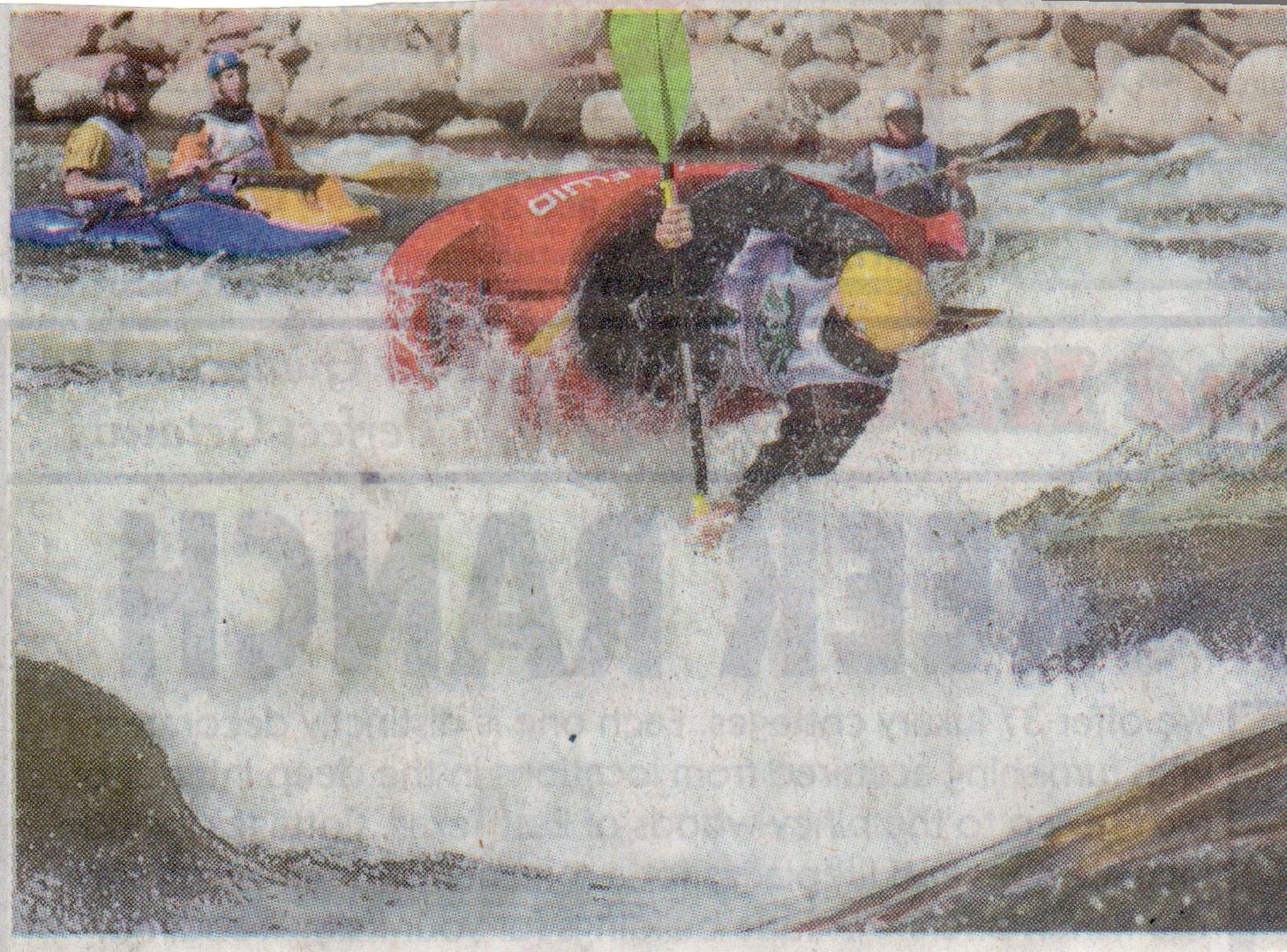 Click image for larger version  Name:Glenwoood kayaker.jpg Views:145 Size:741.6 KB ID:2038