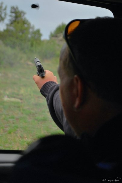 Click image for larger version  Name:gun-totin.jpg Views:109 Size:23.0 KB ID:1662