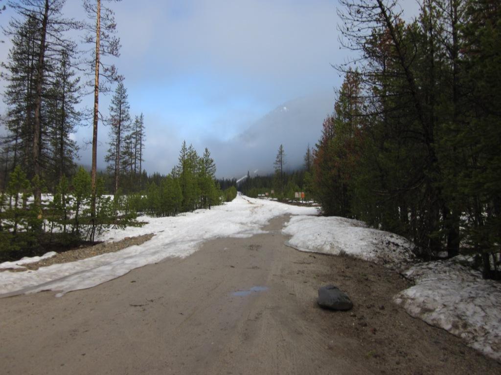 Click image for larger version  Name:June 8_BC road at Hwy21.jpg Views:161 Size:114.1 KB ID:3722