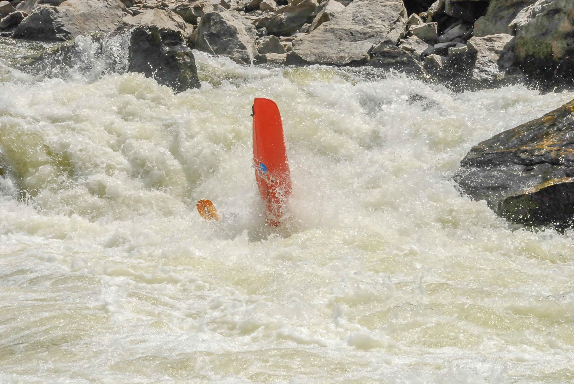 Click image for larger version  Name:kayak (366).jpg Views:131 Size:383.9 KB ID:11752