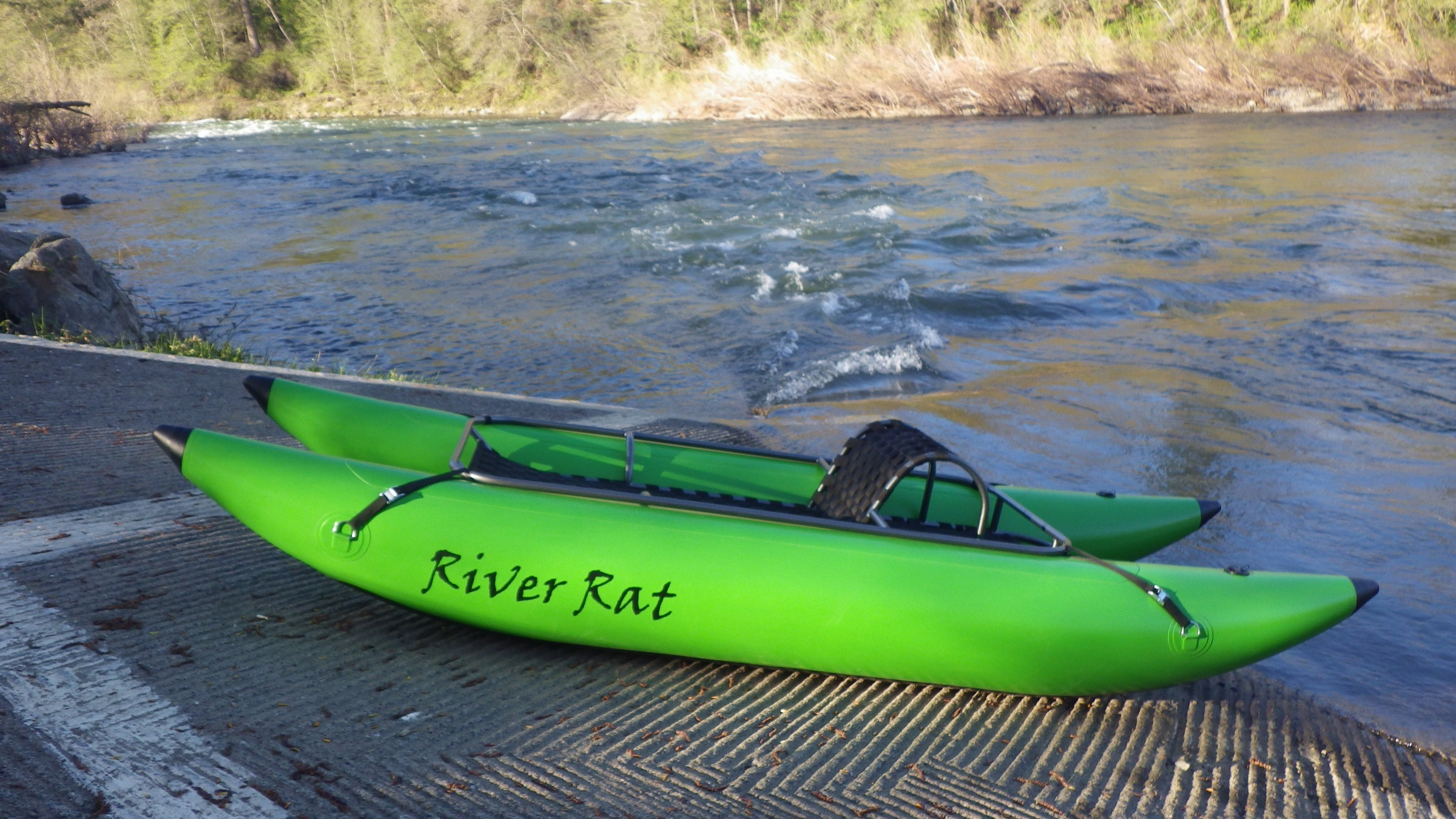 Click image for larger version  Name:Lime with river.jpg Views:170 Size:1.07 MB ID:11396