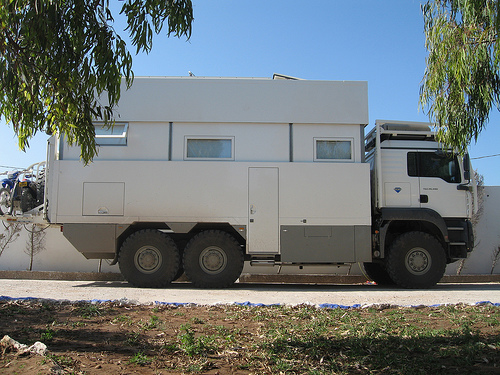 Click image for larger version  Name:man overland truck.jpg Views:299 Size:149.7 KB ID:3078