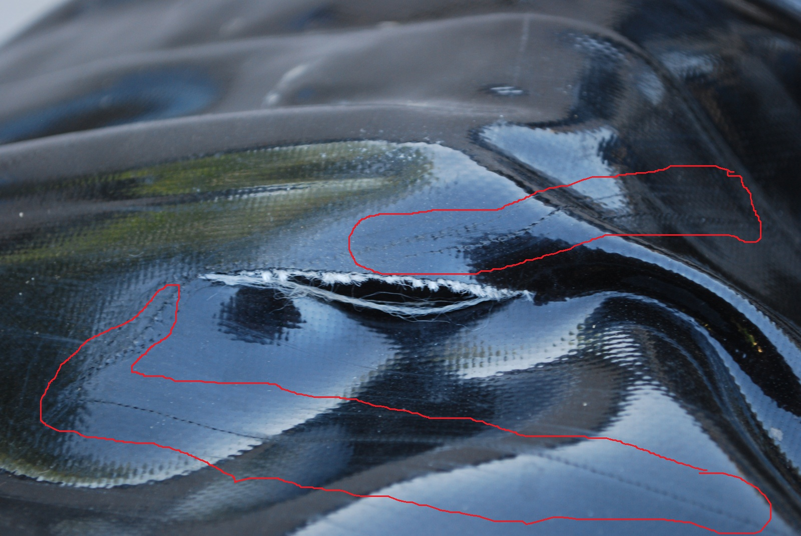 Click image for larger version  Name:NRS boat tear.jpg Views:256 Size:399.8 KB ID:3858