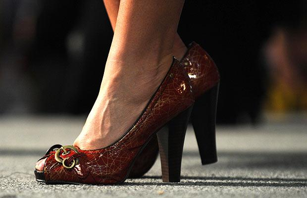 Click image for larger version  Name:palin-red-shoes_1015976i.jpg Views:93 Size:31.4 KB ID:2116