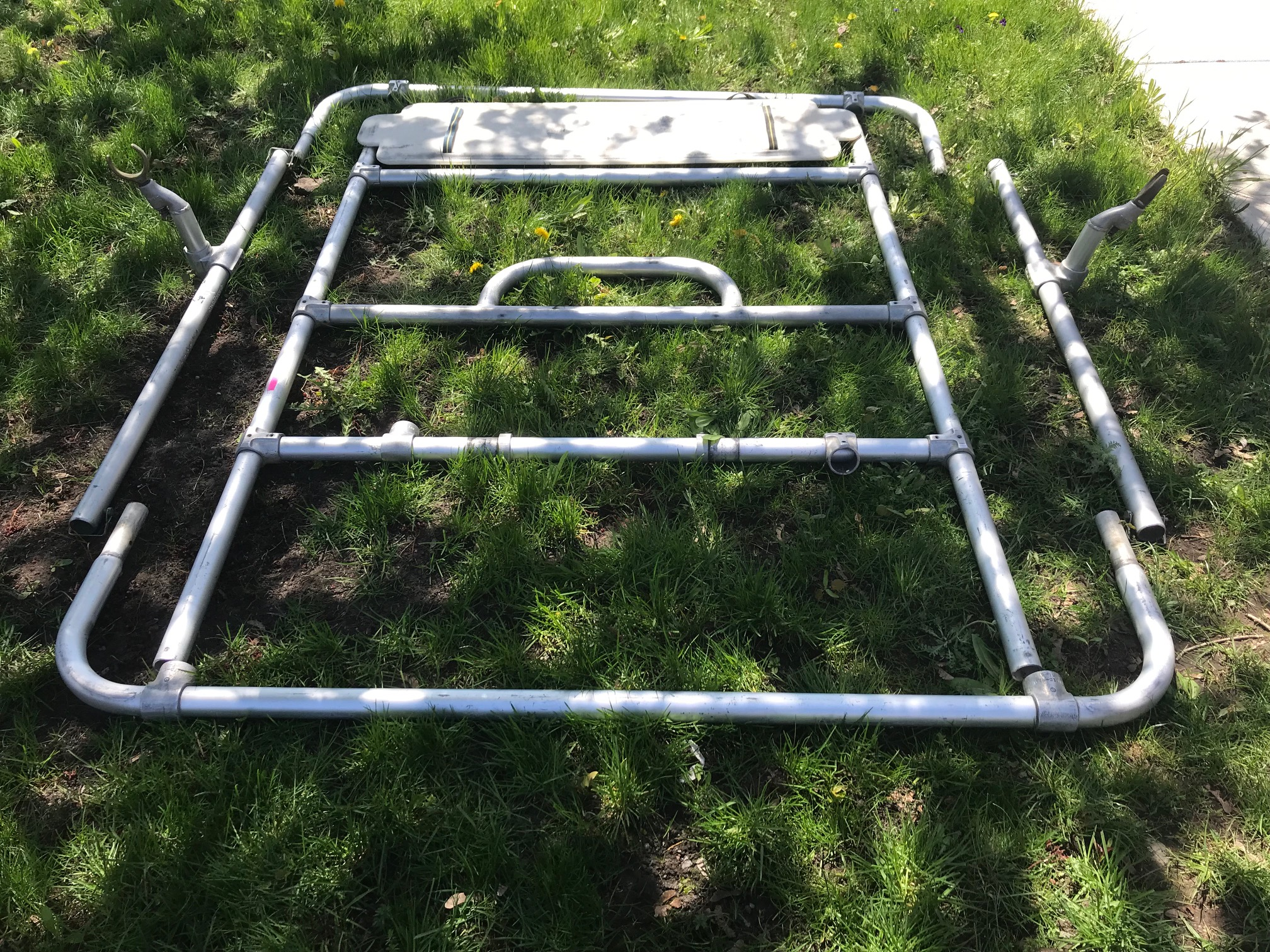 Click image for larger version  Name:Raft Frame.jpg Views:36 Size:1.40 MB ID:35389
