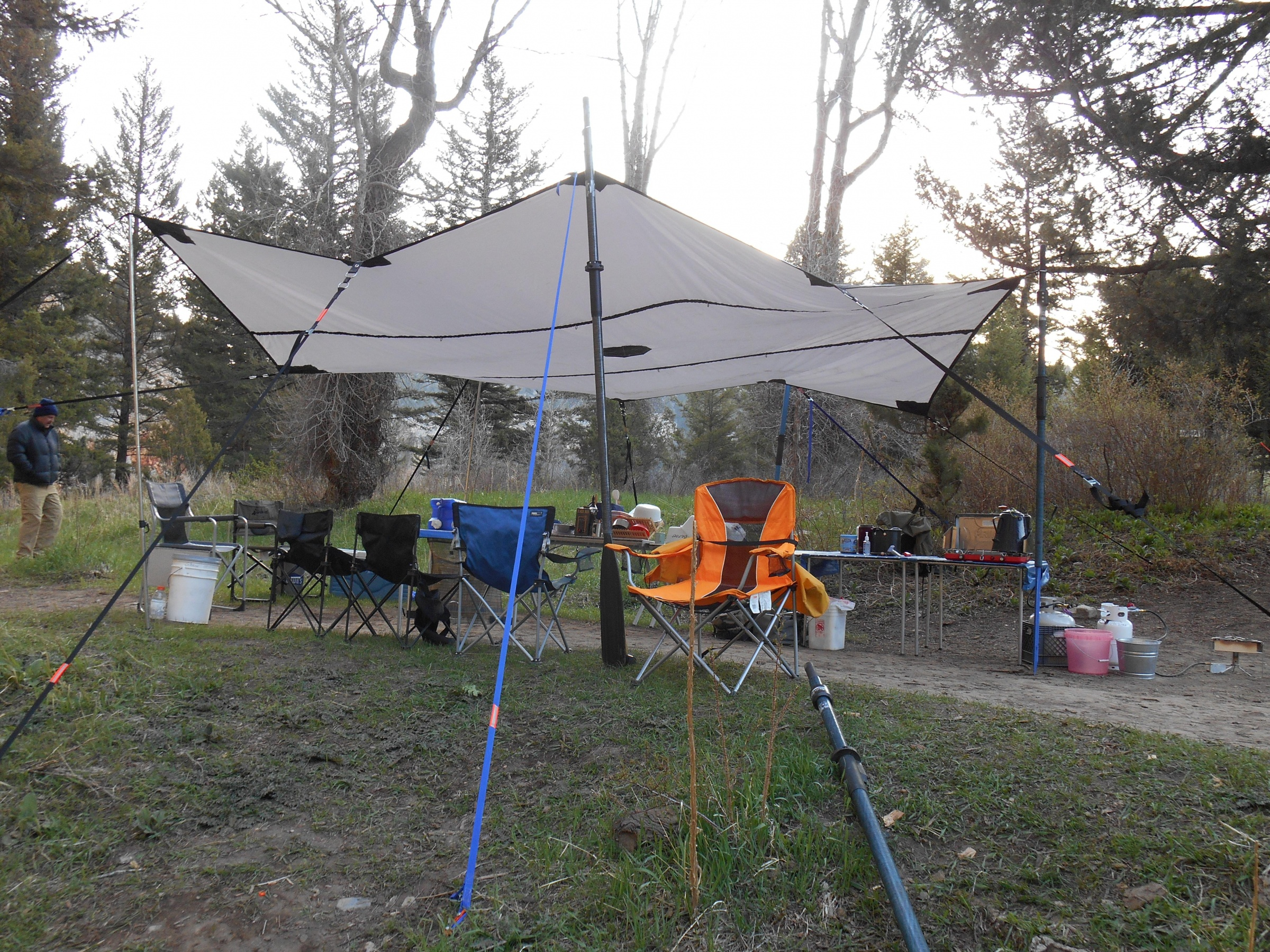 Click image for larger version  Name:Tarp on Smith River May 2013.jpg Views:1040 Size:1.95 MB ID:6515