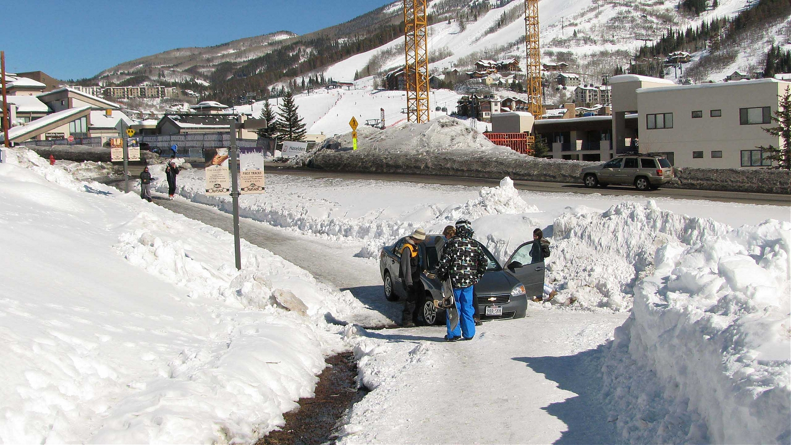 Click image for larger version  Name:texans invade steamboat1.jpg Views:343 Size:1.27 MB ID:364