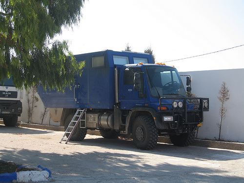 Click image for larger version  Name:unimog overland truck.jpg Views:196 Size:111.9 KB ID:3079