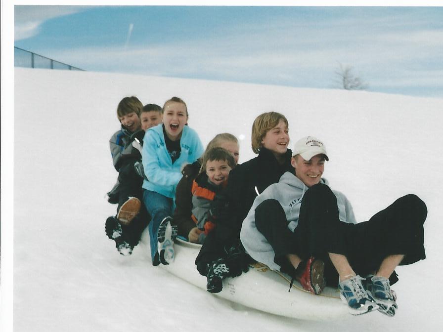 Click image for larger version  Name:winter kayak.jpg Views:68 Size:49.9 KB ID:5169