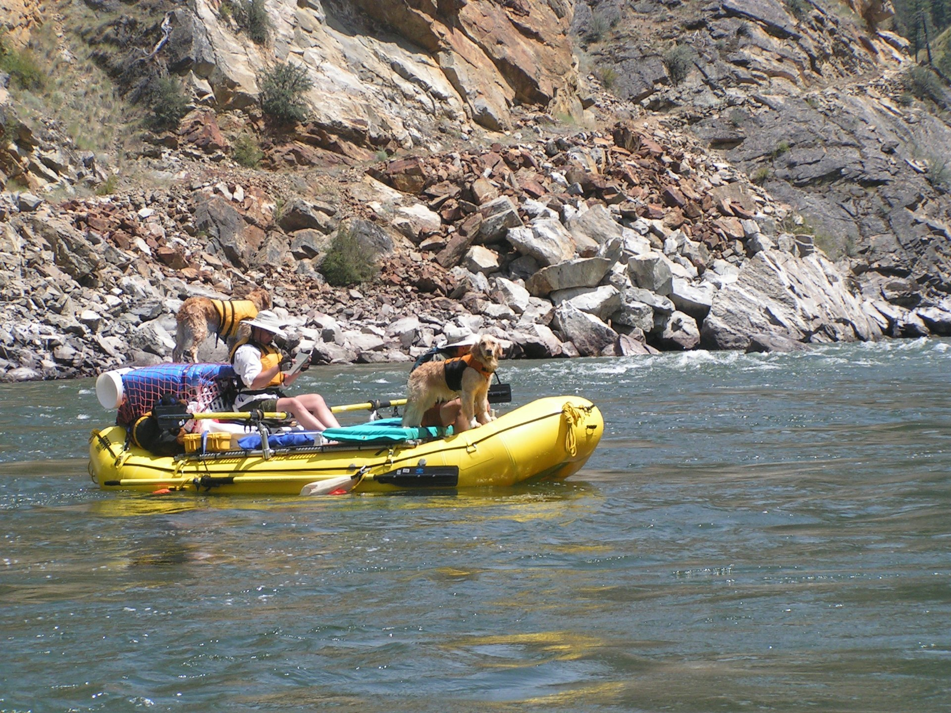 Click image for larger version  Name:yellow boat.jpg Views:220 Size:778.2 KB ID:7927